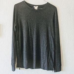 Basic gray long sleeve top